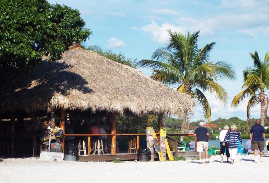 Tiki Bar Osprey