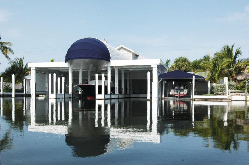 boat-garage